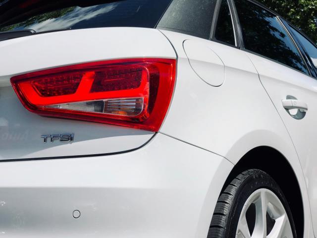 Audi A1 Sportback 1.4 TFSI Pro Line S 185pk/Schuifdak/Xenon/Leder