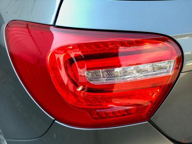 Mercedes-Benz A-klasse 250 Sport Ambition AMG-Line Automaat/Xenon/Navigatie