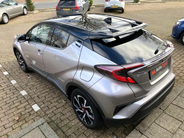 Toyota C-HR 1.8 Hybrid Bi-Tone Plus LED/JBL/Camera