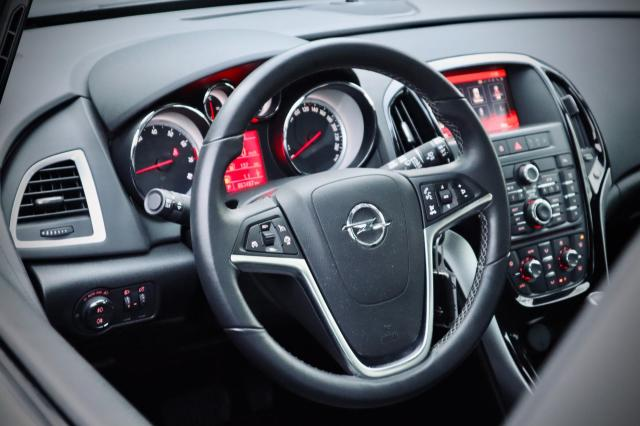 Opel Astra Sports Tourer 1.4 Turbo Edition Automaat/Navi/Clima/Cruise