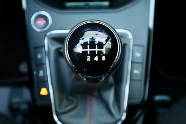 Seat Arona 1.0 TSI FR Launch Edition Navi/Clima/ACC/18inch/Cam