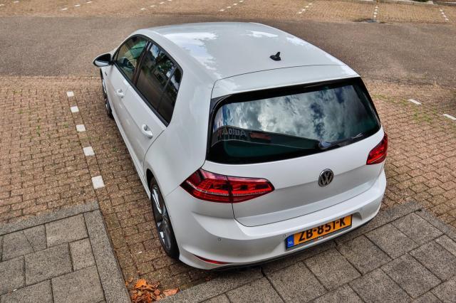Volkswagen Golf 1.4 TSI ACT Highline CUP Autom/R-line/140pk/LED/Navi