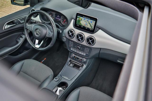 Mercedes-Benz B-klasse 200 Prestige Automaat/Pano/LED/Navi XL