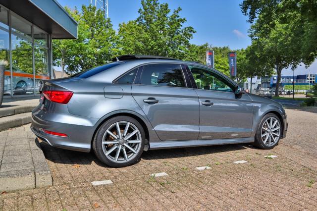 Audi A3 Limousine 1.4 TFSI S-line Automaat/Pano/Navi/Full Option