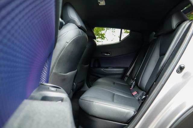 Toyota C-HR 1.8 Hybrid Bi-Tone Plus Navi/Camera/LED/Leder