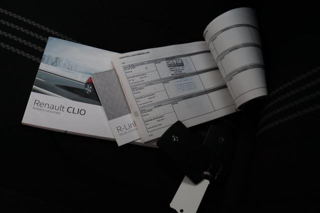 Renault Clio Estate 1.2 TCe GT-Line Bose 17 inch/Navi/Camera