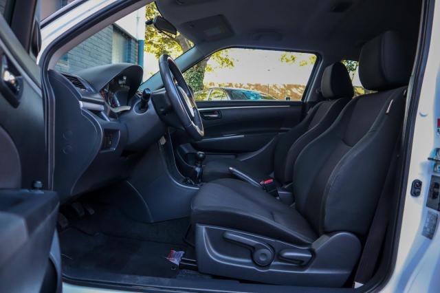 Suzuki Swift 1.2 Comfort Airco/15inch LM